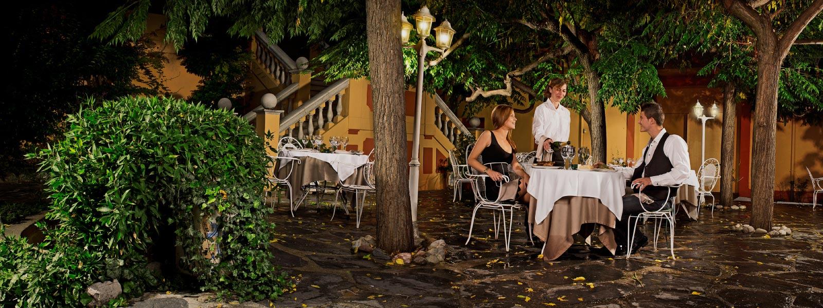 Hotel In La Seu D Urgell Hotel Andria # Muebles Seu D'Urgell